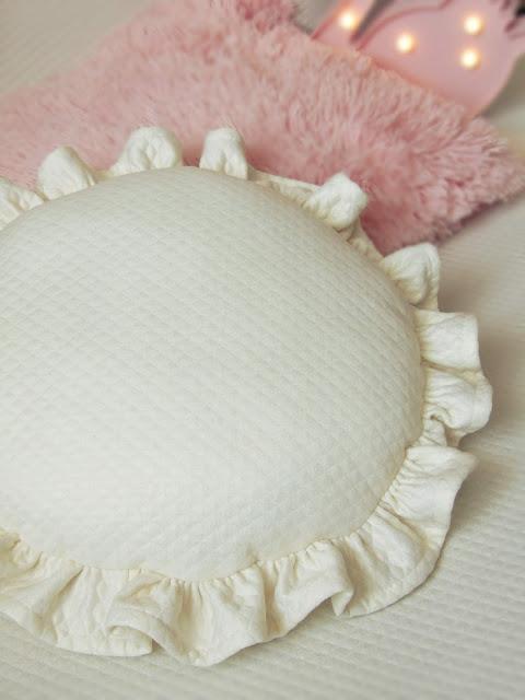 jak uszyć okrągłą poduszkę