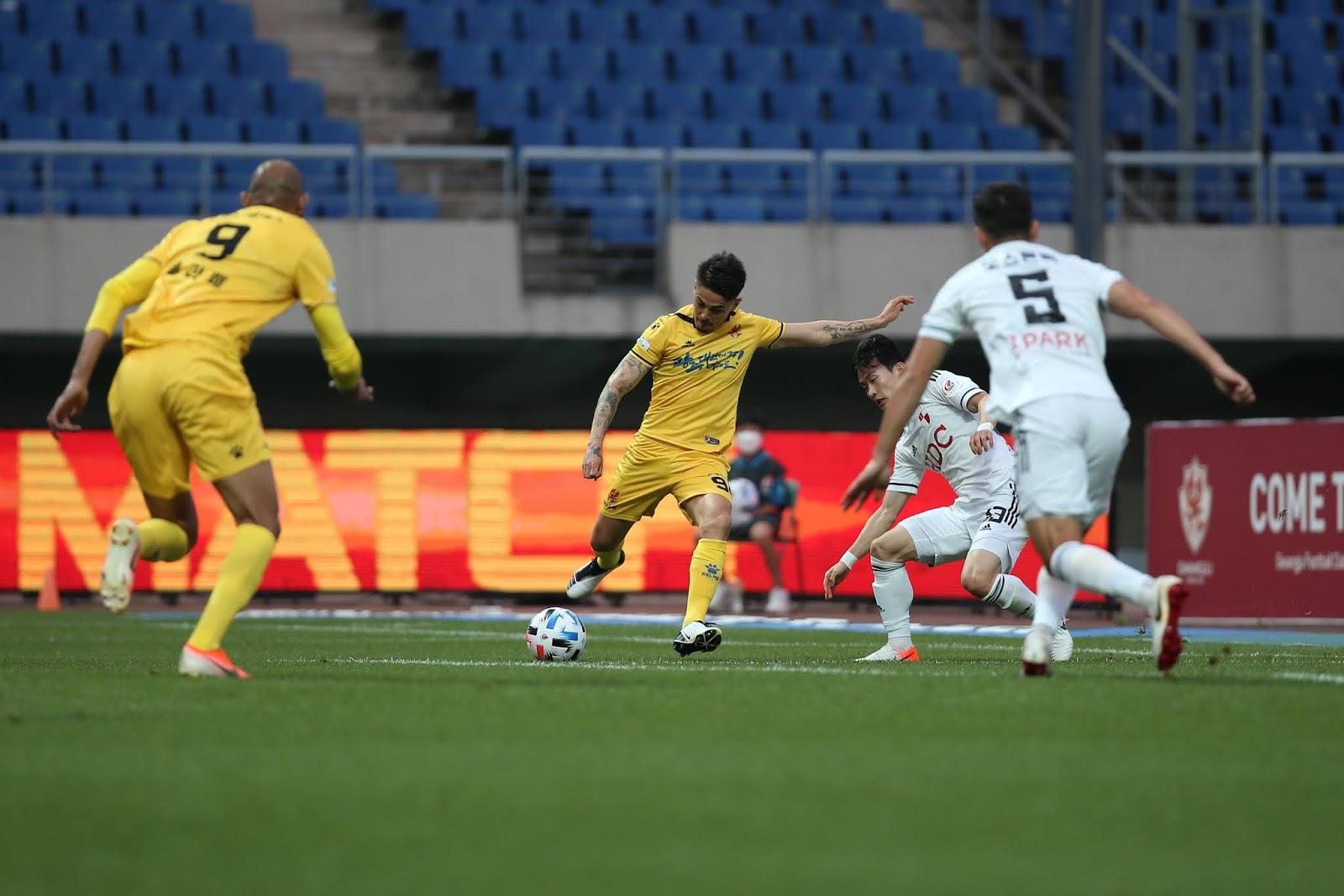 Felipe, Willyan, Gwangju FC