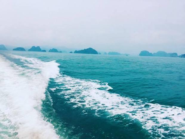 Cảnh đẹp trên biển Quan Lạn Minh Châu