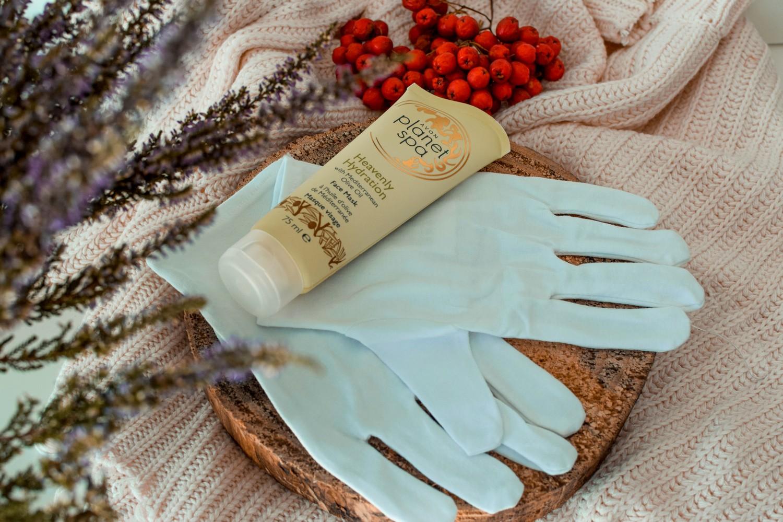 Pielęgnacja dłoni jesienią i zimą