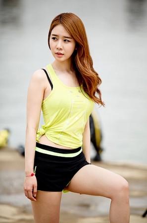 劉仁娜 유인나