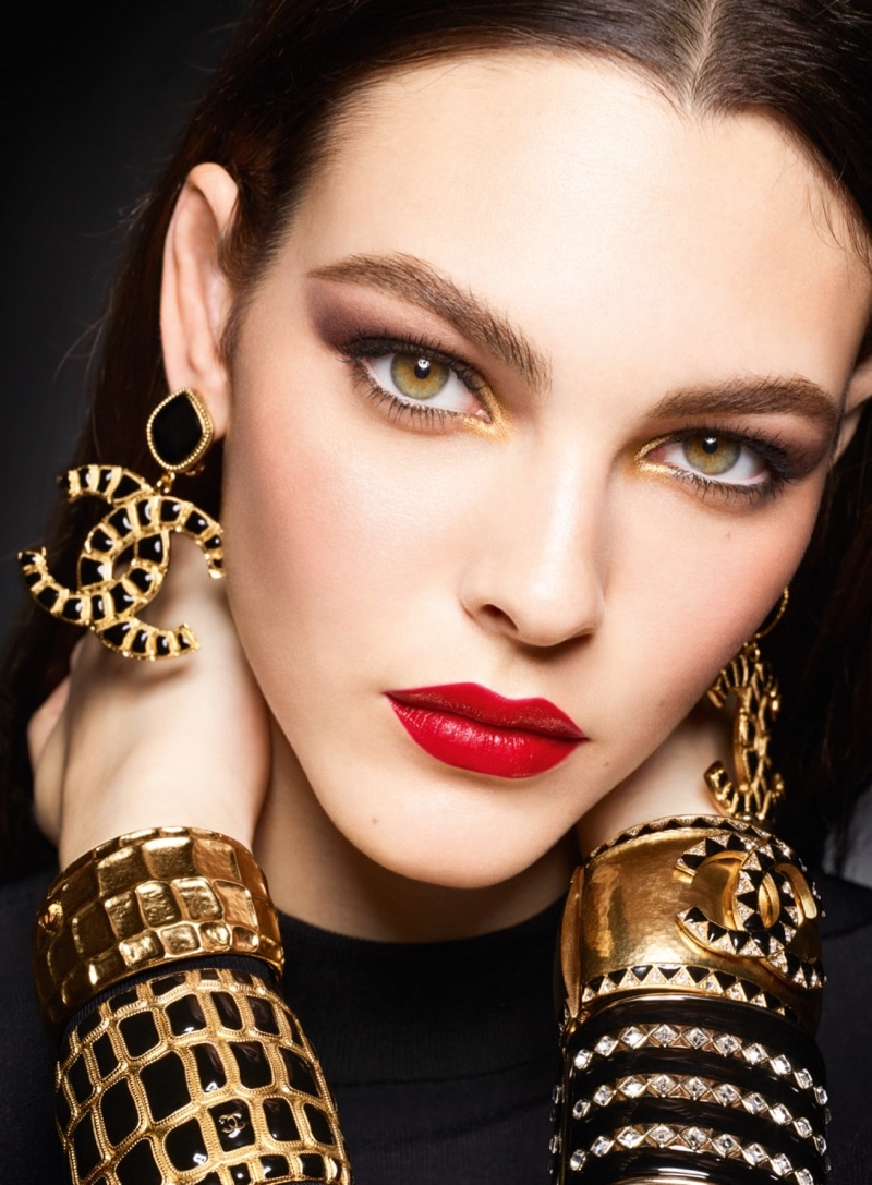 Vittoria Ceretti stars in Chanel Makeup Holiday 2019 campaign