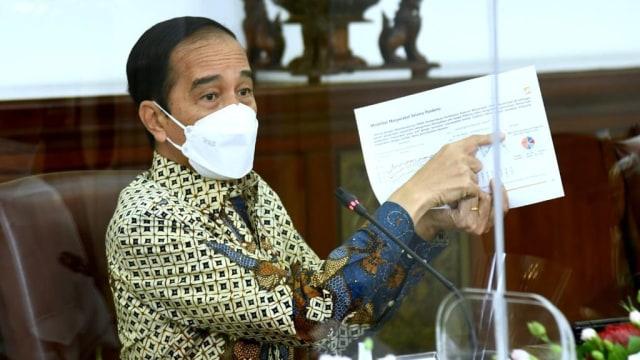 Jokowi: Sudah 11 Bulan, Tidak Ada Formula Tepat Kendalikan COVID-19