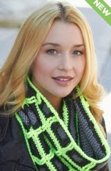 http://www.yarnspirations.com/pattern/crochet/gridline-cowl