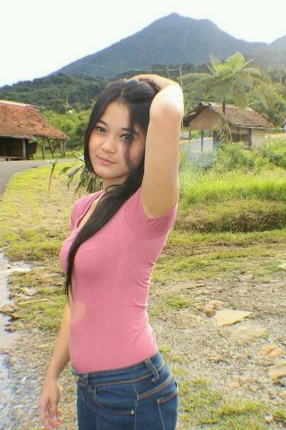 Gadis Dari Kampung