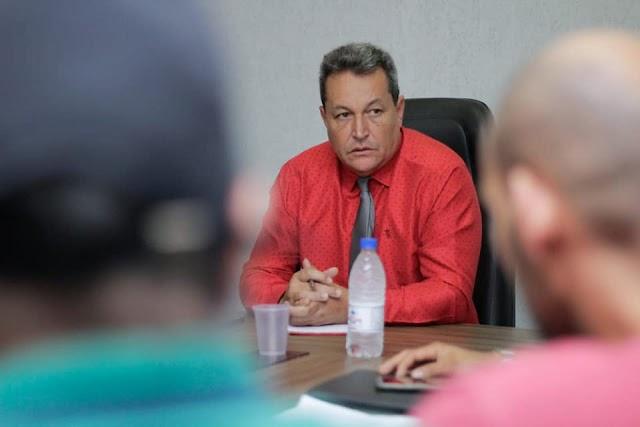 Senador Canedo: Mesmo com arrecadação de R$ 14,4 milhões ano, Presidente Reinaldo Alves não consegue implementar projetos