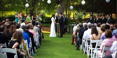 Nggak Boleh Hutang Buat Pesta Pernikahan