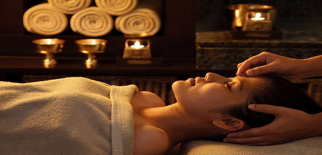 The rejuvenating Panchakarma therapy during a healing holiday to India