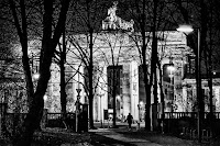 http://fineartfotografie.blogspot.de/2017/02/night-walk-with-dog-street-photography.html