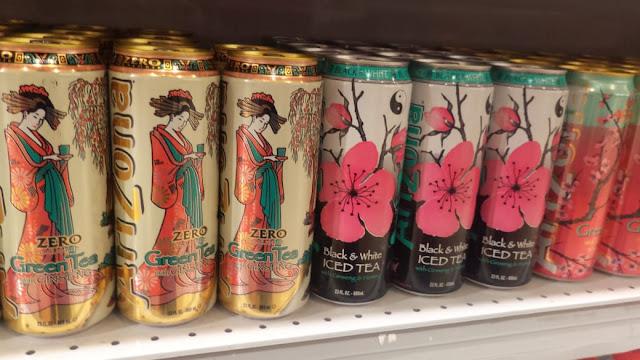 Bebidas nos mercadinhos da Liberdade