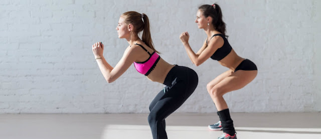 This Amazing Pop Squat Twist Carves Your Booty and Obliques