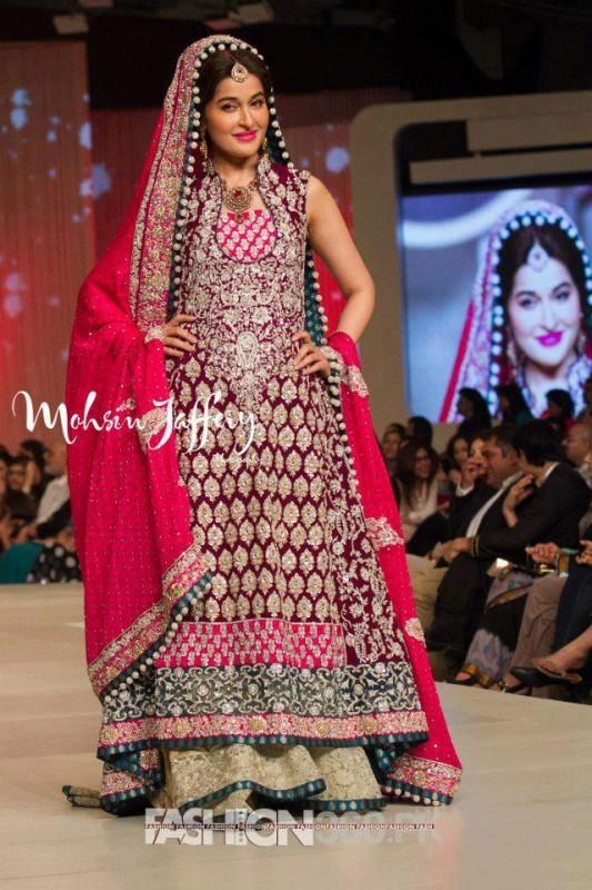 49611aa5b7 Pantene Bridal Couture Week 2013 KarachiPantene Bridal Couture Week 2013  KarachiPantene Bridal Couture Week 2013 KarachiPantene Bridal Couture Week  2013 ...