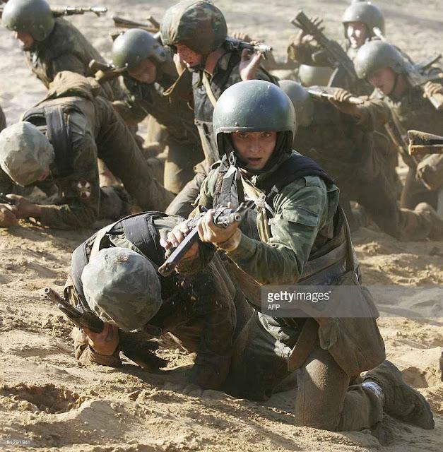 As tropas do Ministério do Interior preparadas para reprimir dissidências internas serão assimiladas na nova 'Guarda Pretoriana' de Putin.