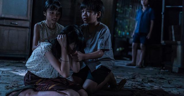 Phim Krasue: Nụ hôn ma quái Thái Lan 2019
