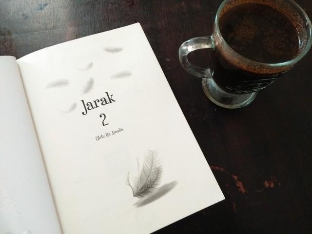 "Jarak Buku 2;Ending Cerita ""Jarak"" Buku 2 Novel Karya Ra Amalia"