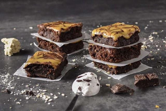 Brownies με επικάλυψη χαλβά