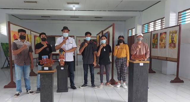 Enam Mahasiswa Seni Rupa FBS UNIMA Pameran Karya Akhir Studi