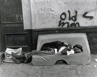 http://kvetchlandia.tumblr.com/post/155428854903/bruce-davidson-east-100th-street-new-york