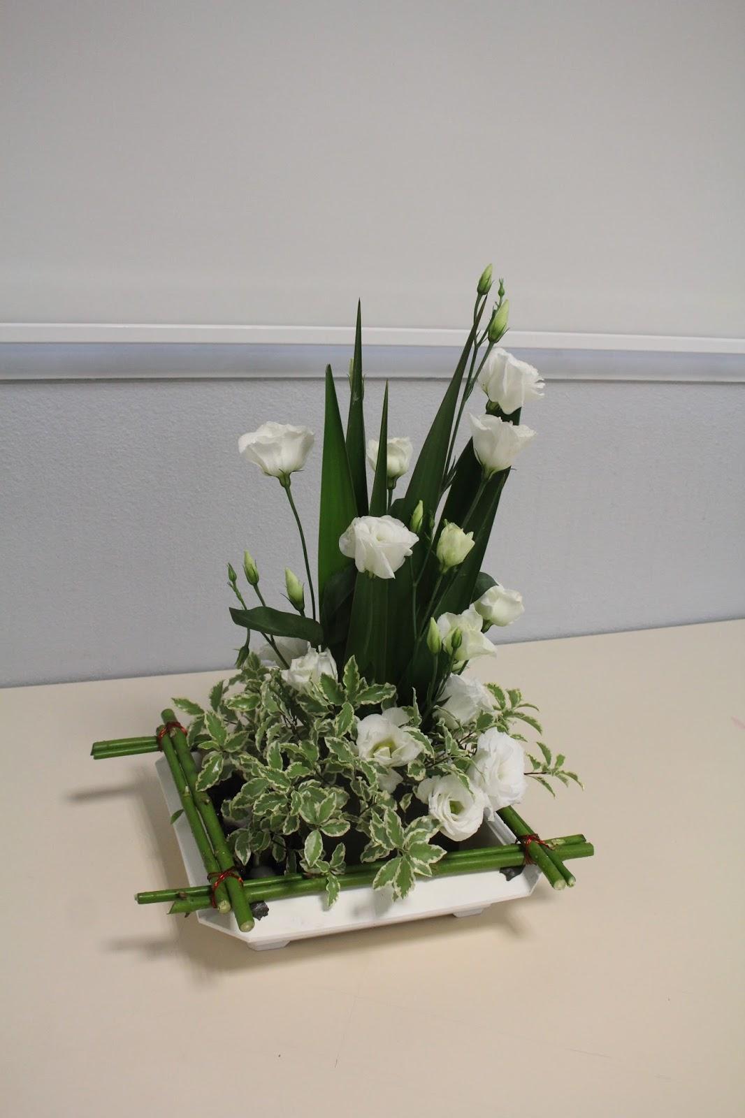 Art floral breal bouquet graphique mai 2017 for Bouquet bois flotte