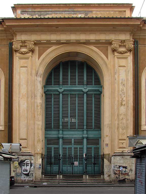 Grand door of the Mercato Centrale, via Buontalenti side, Livorno