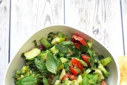 Salad-Tomato, Arugula and Avocado
