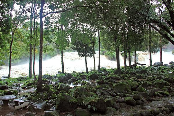 Cataratas Tad Hang falls