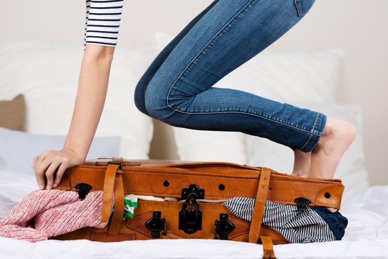 9232345d0cdb95 Départ en vacances : le cas de la valise   Louise Grenadine - blog ...