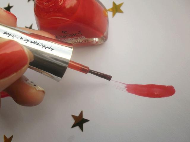 Easy Christmas Nails - 4 Nail Art Tutorial