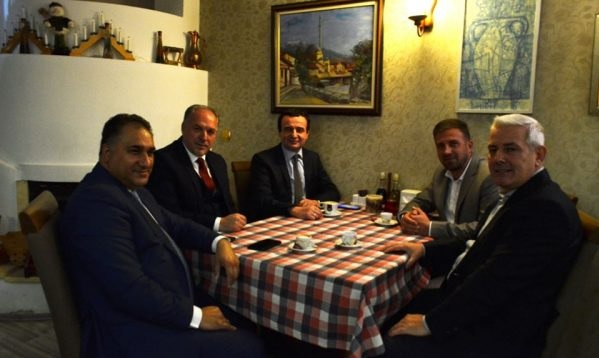 Albin Kurti receives MP support from non-Serb minorities