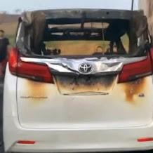 Toyota Alphard Via Vallen yang Terbakar Keluarkan Ledakan