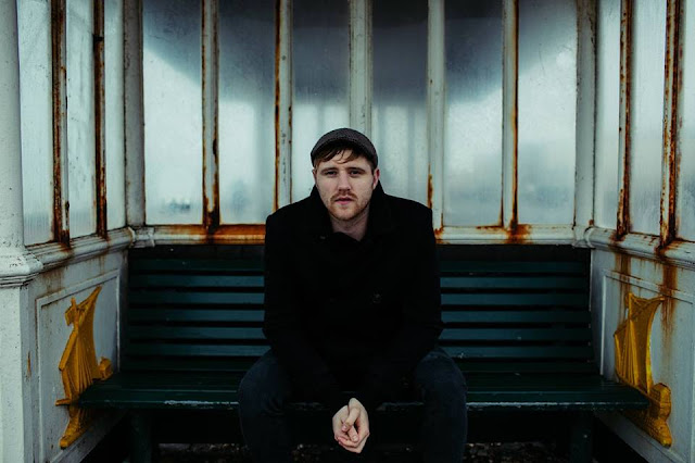 """Irish alt-folk singer songwriter Dessie Magee's track """"Bandit"""" will shake you out of your numbness"""
