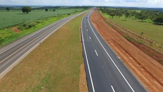 BR-050 - Trecho de 8 km liberado ao tráfego