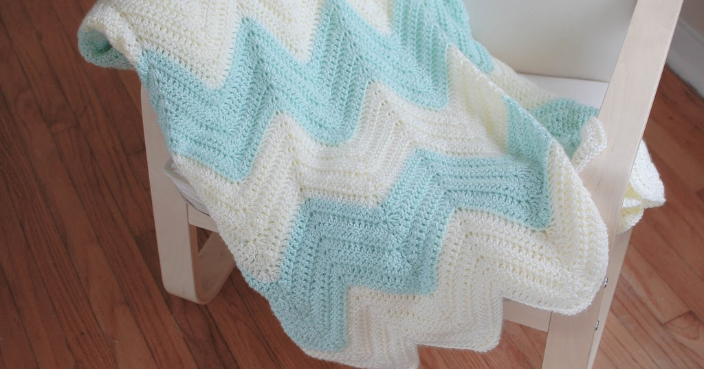 People Webs Pattern Zig Zag Blanket
