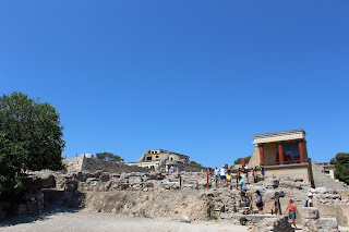 Clothes & Dreams: 48 hours in Crete, Heraklion. Palace of Knossos