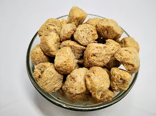 SOYABEAN CHUNKS (LARGE) | 1 KG | সয়াবিন (বড়ো)