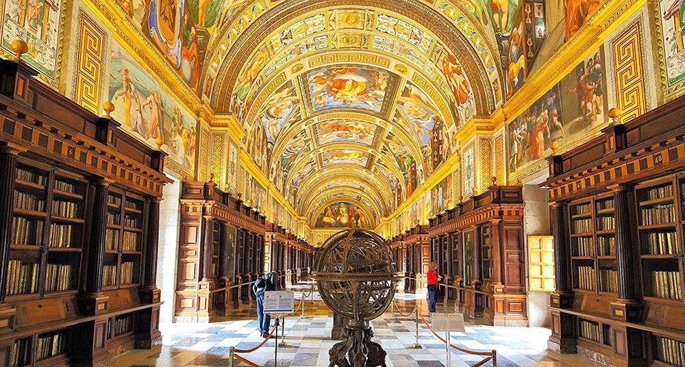 Image result for biblioteca de el escorial
