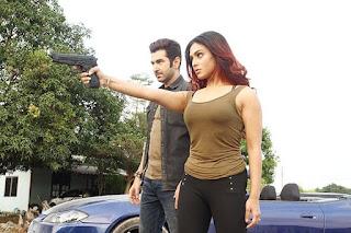 nusrat faria hot in boss 2 movie with jeet