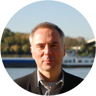 Robert Welz aus Köln textet für Werbeagenturen, Marketing, Film- und Fernsehproduktionen, Institutionen, Unternehmen & Unternehmensberatungen. Sein Büro ist in Pulheim.