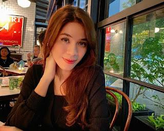 Annisa Hasim Segeir pemeran Nelly di Bumi Langit RCTI