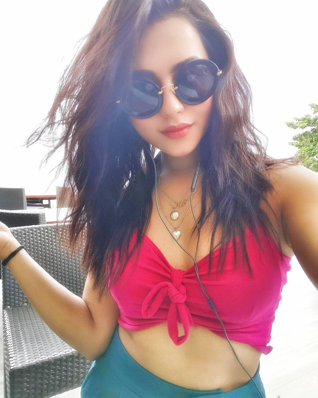 Stylish Girl DP