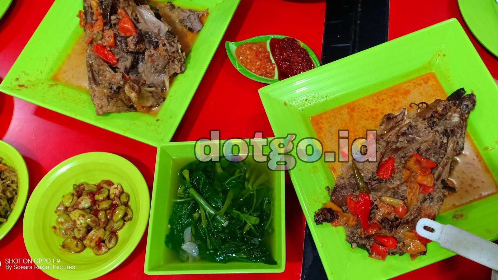 Kepala Ikan Manyung Bu Fat Cabang Jakarta Kuliner Khas