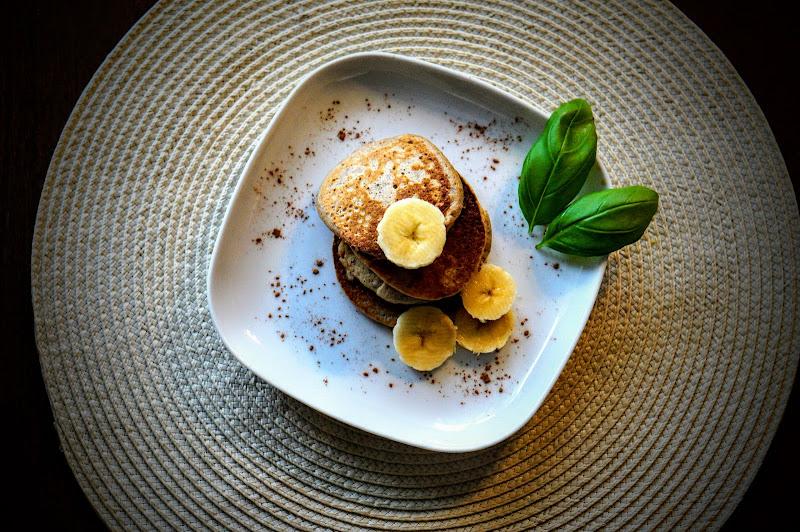 Bananowe placuszki z nutą cynamonu