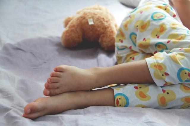 Τι πρέπει να κάνετε αν το παιδί σας είναι πάνω από 5 και βρέχει το κρεβάτι του