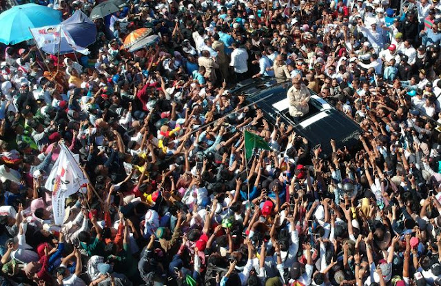 Dua Minggu Jelang Pemilu, Elektabilitas Prabowo-Sandi Makin Moncer