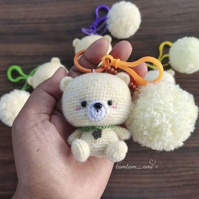 Брелок медвежонок крючком