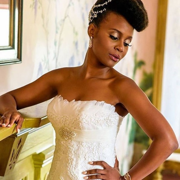 Wedding hairstyles are not just for relaxed women and natural hairstyles are stunning and set any bride apart better than a straight style (in my book.)