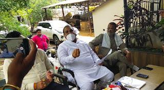 ब्लैकमेलर है पूर्व विधायक किशोर समरीते, समाजसेवी राजेश पाठक के आरोप