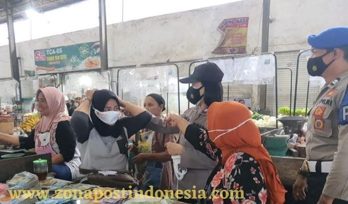Cegah Penyebaran Covid, Polsek Kaliwates Beri Himbauan ke Pasar