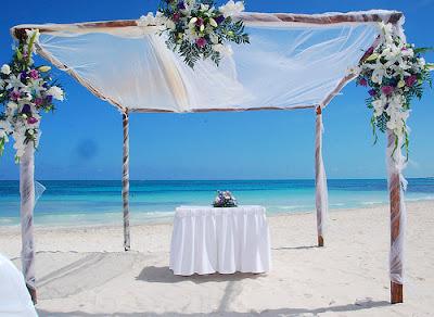 0 Vestidos (de noiva) e algumas idéias para o casamento na praia...!