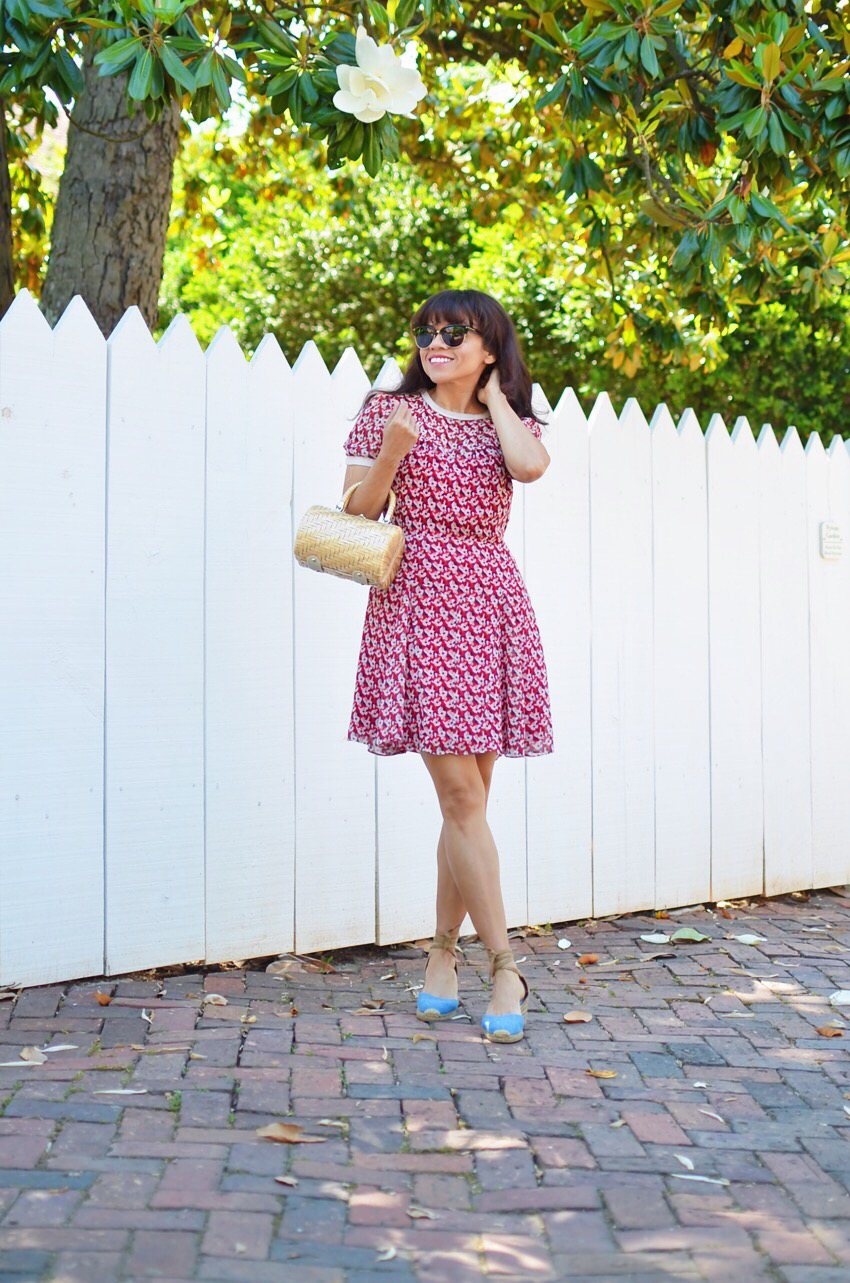 Floral sundress street style